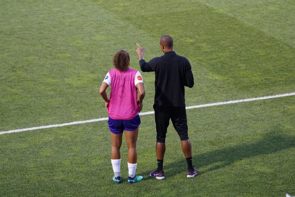 Athlete Evaluations and Effective Feedback Communication